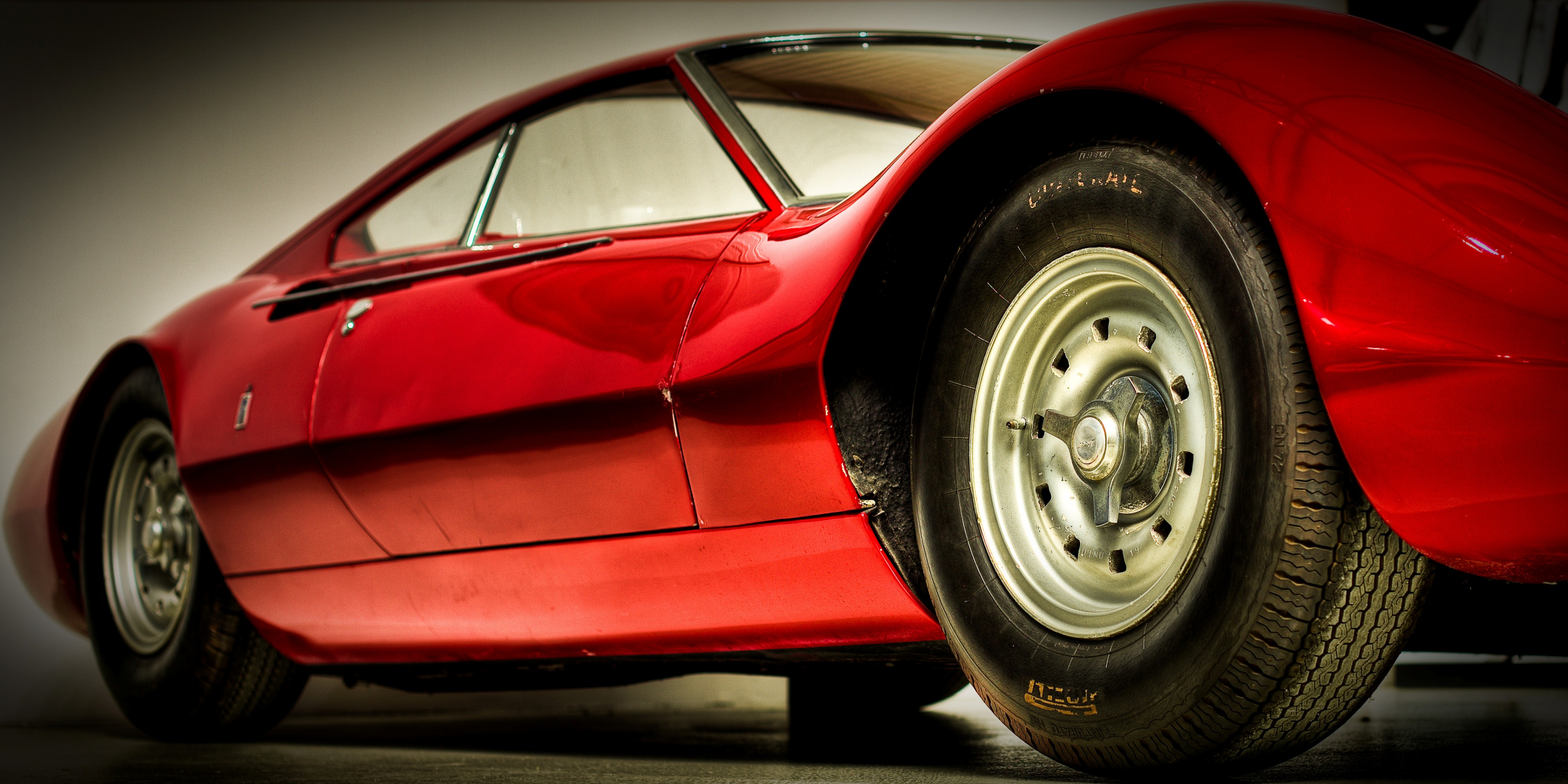 classic_sports_car_red-other